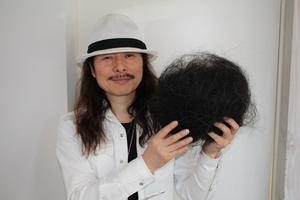 社長も、お客様の梳いた毛でパシャ(笑)